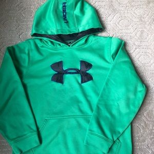 Under Armor Boys Green sweatshirt